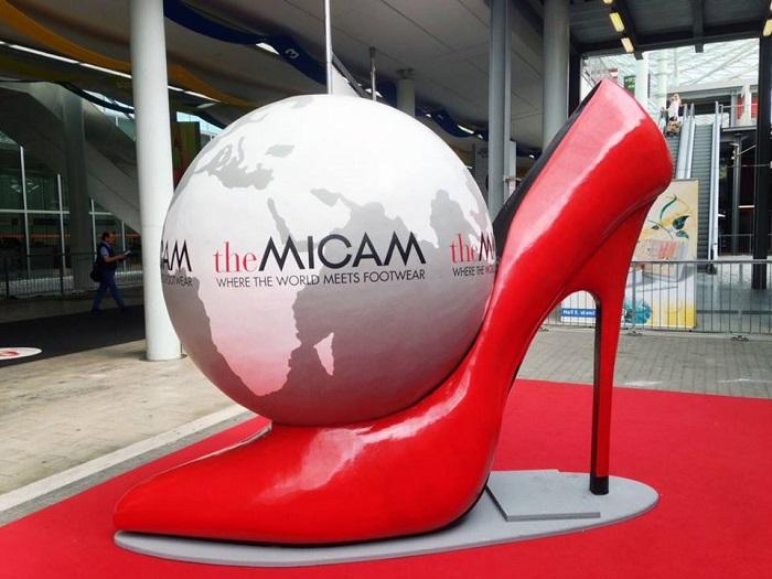 نمایشگاه کفش میکام