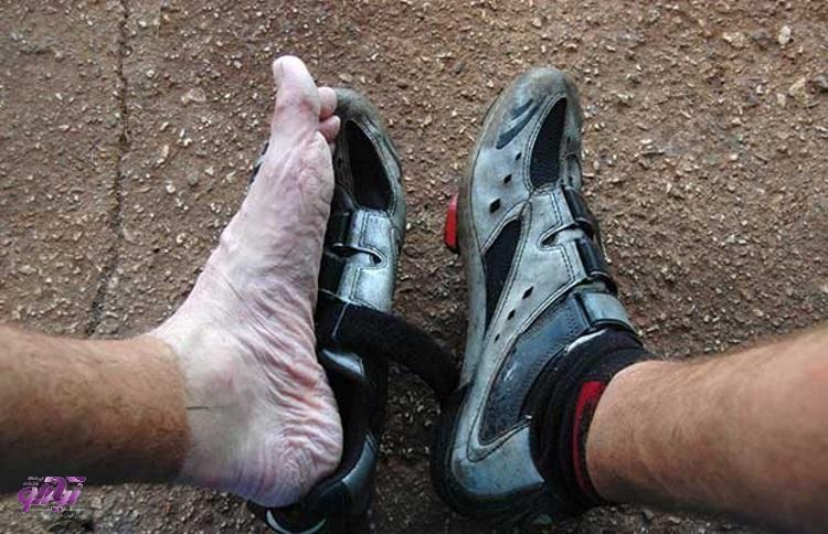 روش های خشک کردن سریع کفش