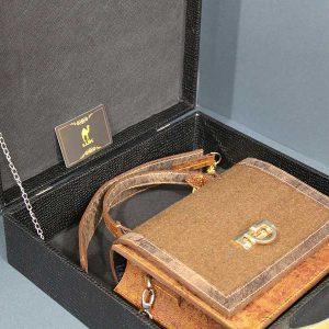 خرید اینترنتی کیف چرم لوک مجلسی مدل 8000
