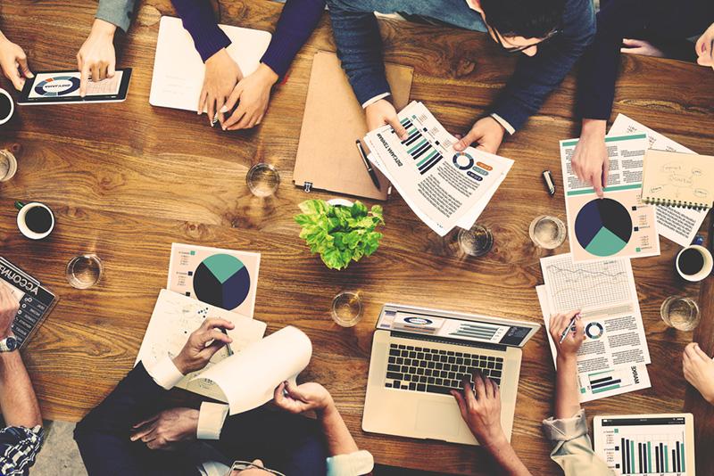 استخدام کارشناس فروش و بازاریابی